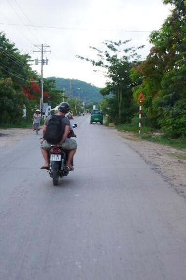 lx-07-vietnam-0005