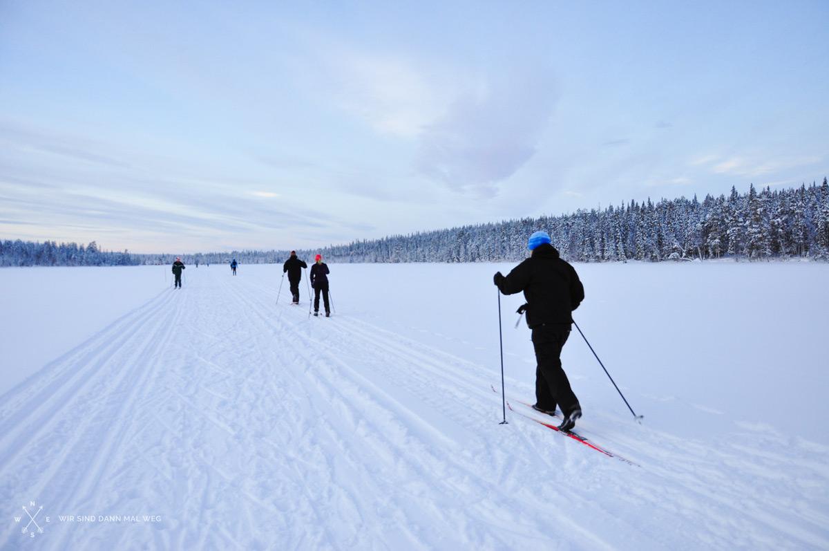 Schneeschuhwandern und Langlaufen in Lappland