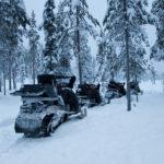 Im Schneemobil und Rentier Schlitten durch Lappland