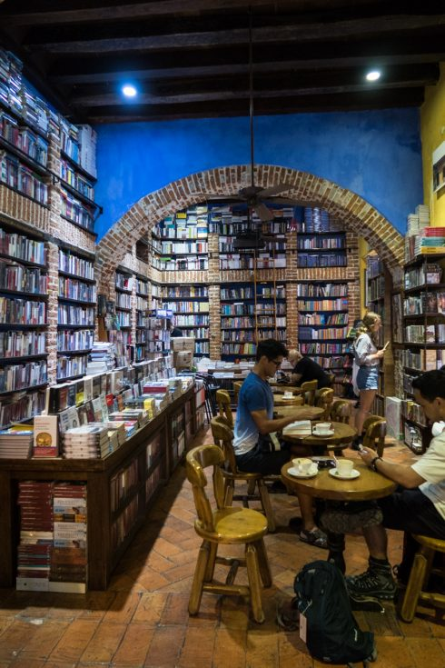 Abacus Books and Coffee