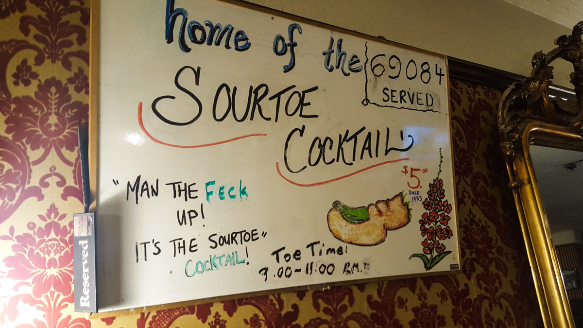 Der Sourtoe Cocktail
