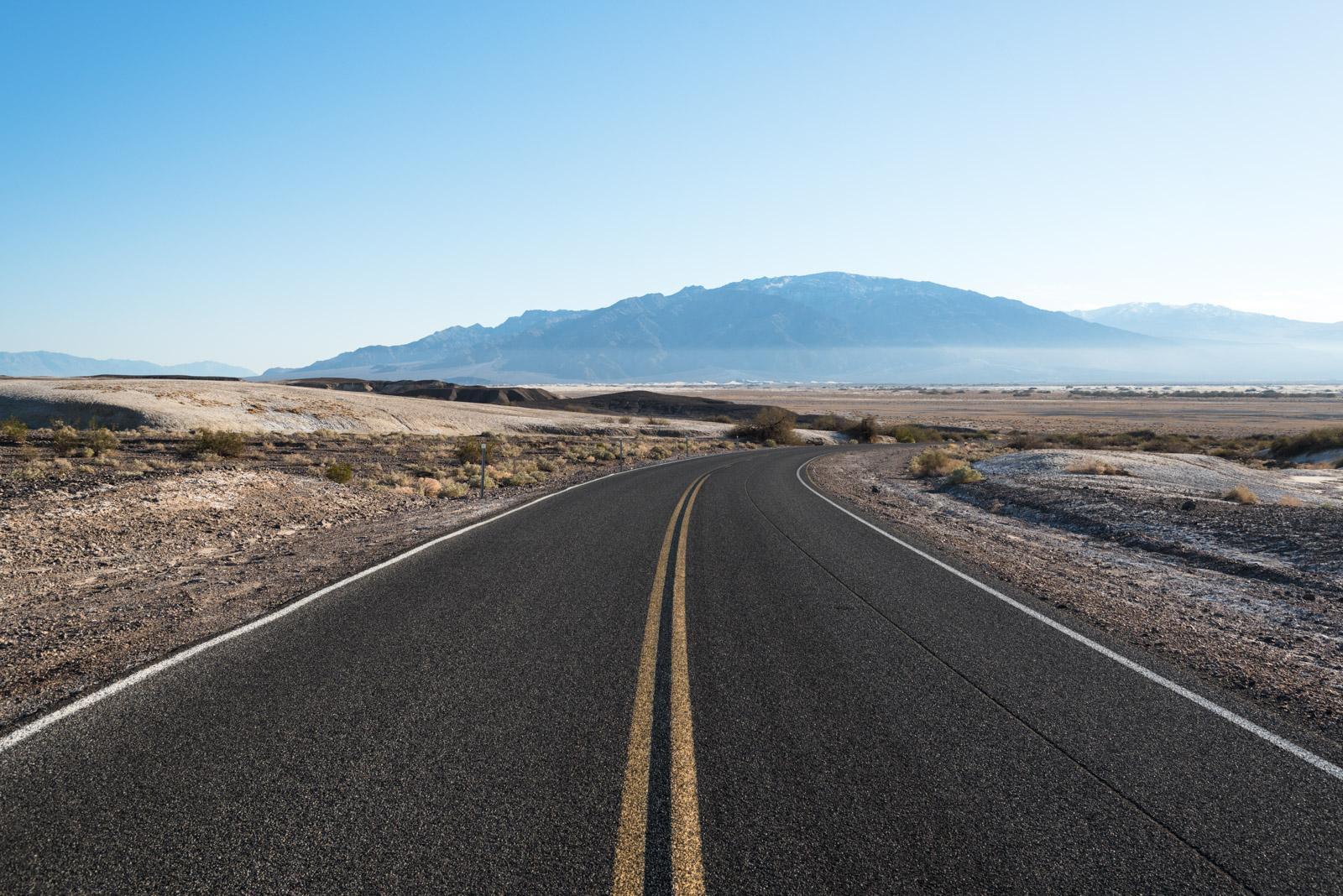 Über den Lippincott Pass ins Death Valley