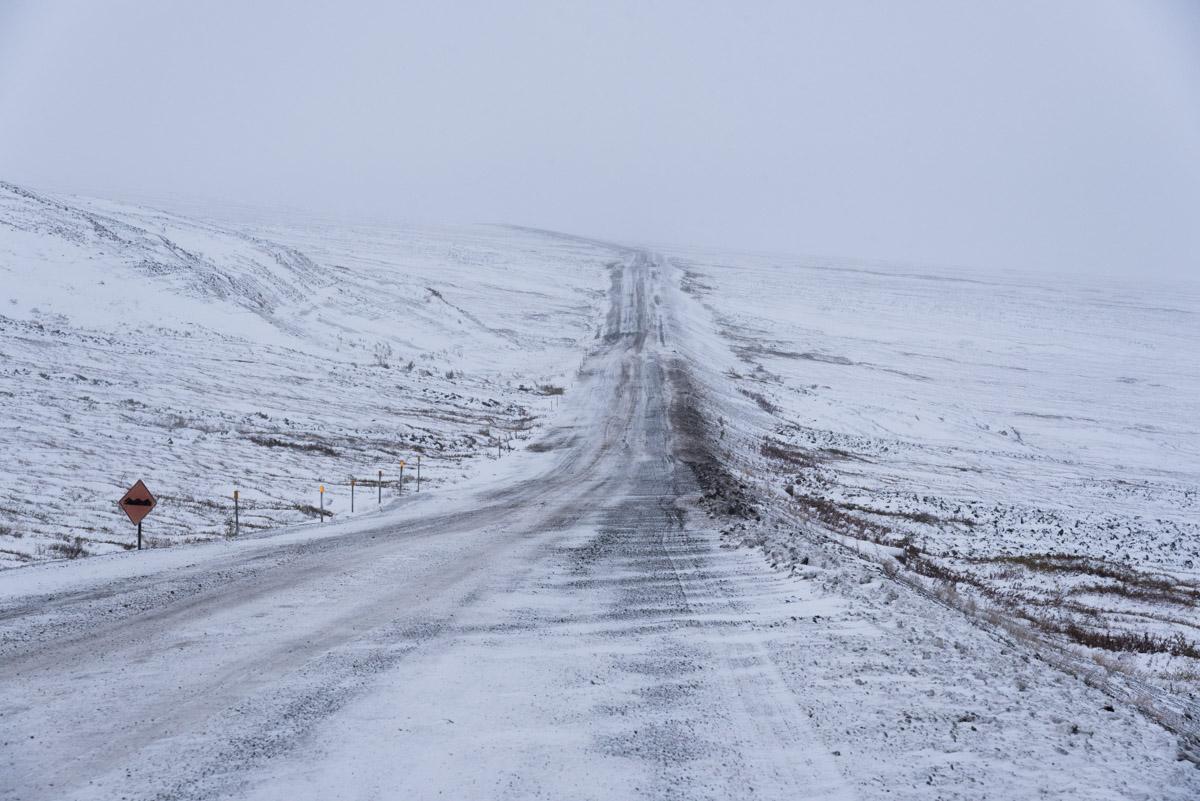 Schneesturm am Dempster Highway