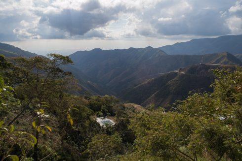 Durch die Berge