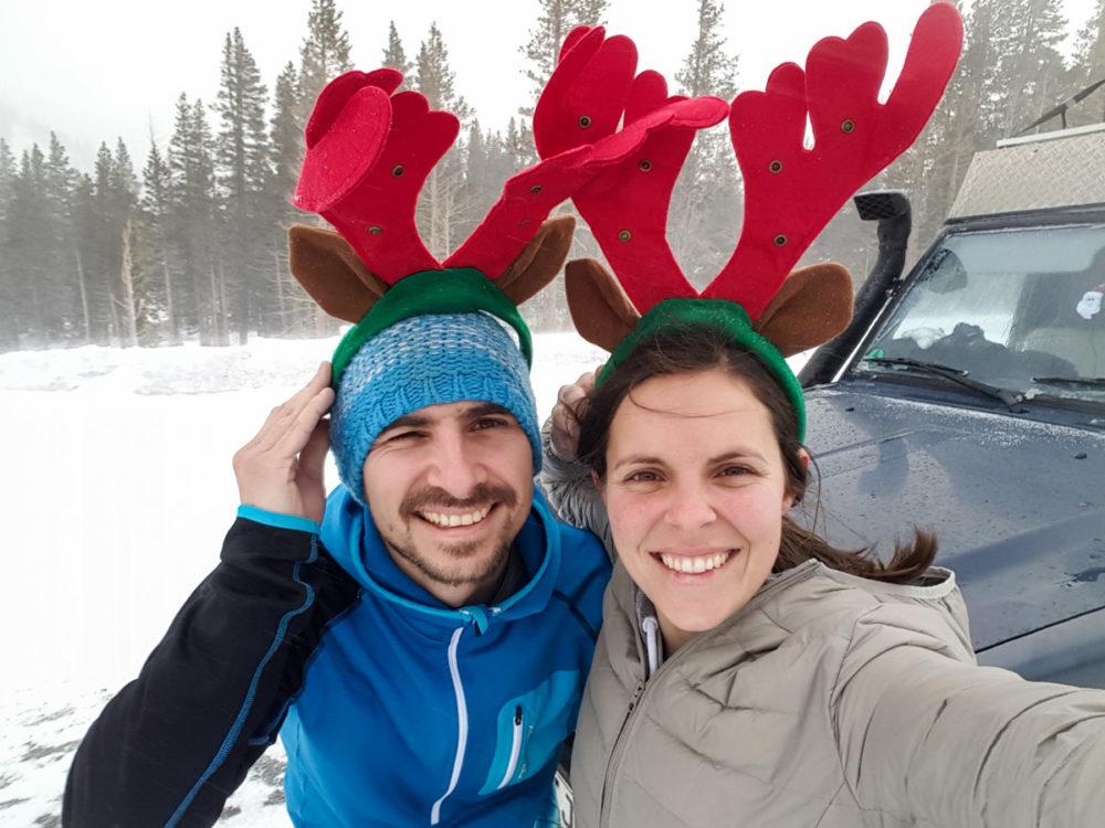 kurzes Weihnachtsfoto im Schneesturm