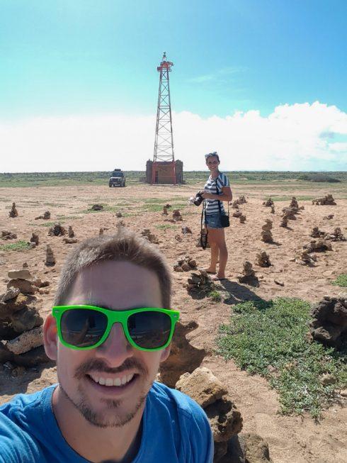 Wir und der Faro de Punta Gallinas