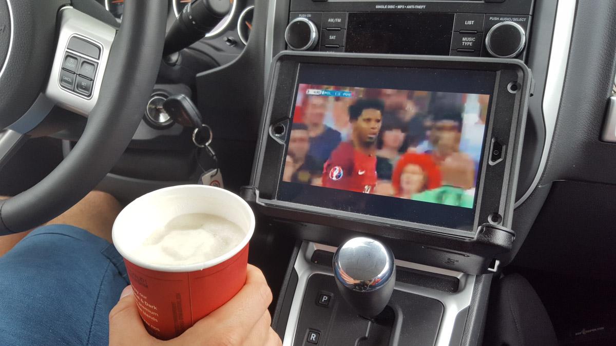 Free Wifi und Bier - EM 2016: Portugal – Polen